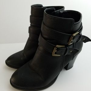 GUC JustFab Black Ankle Booties Size 7